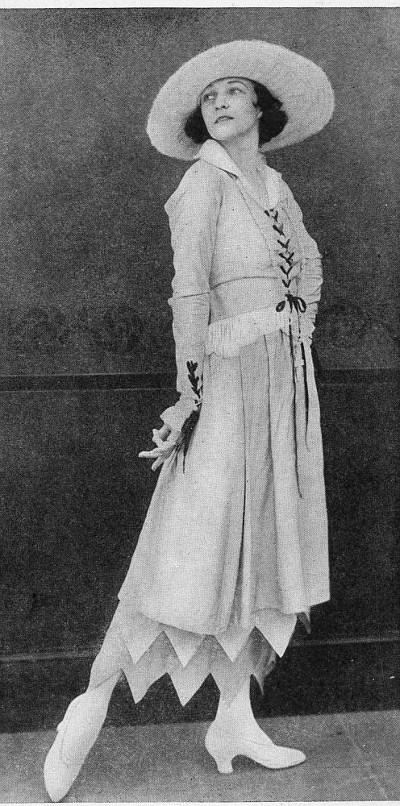 5f7a8ecb3c9 1917 in Fashion – H.R. Sinclair